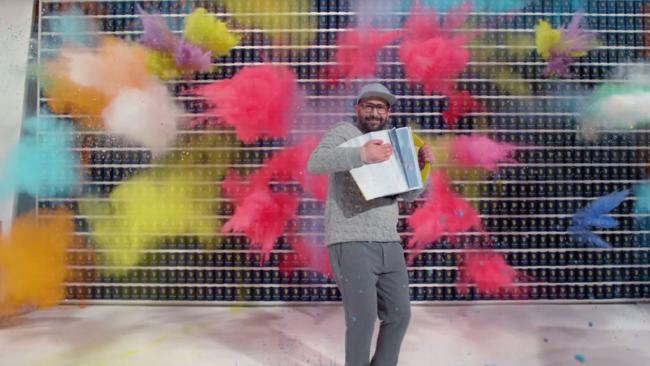 """موزیک ویدیو جدید بند """"OK GO"""" در مدت 4.2 ثانیه ساخته شده!!!"""