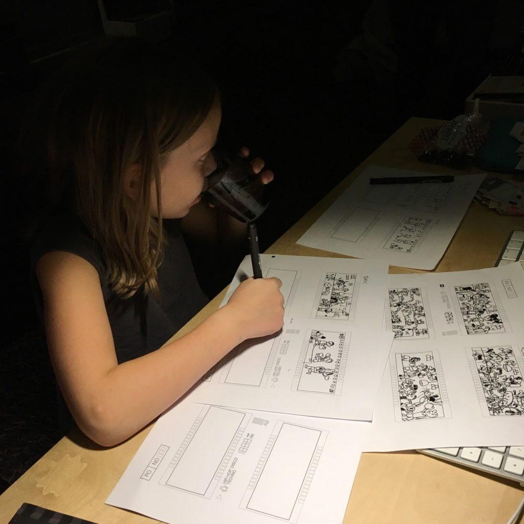 رابط کاربری گرافیکی سینت درام Teenage Engineering را یک دختر 9 ساله کشیده است