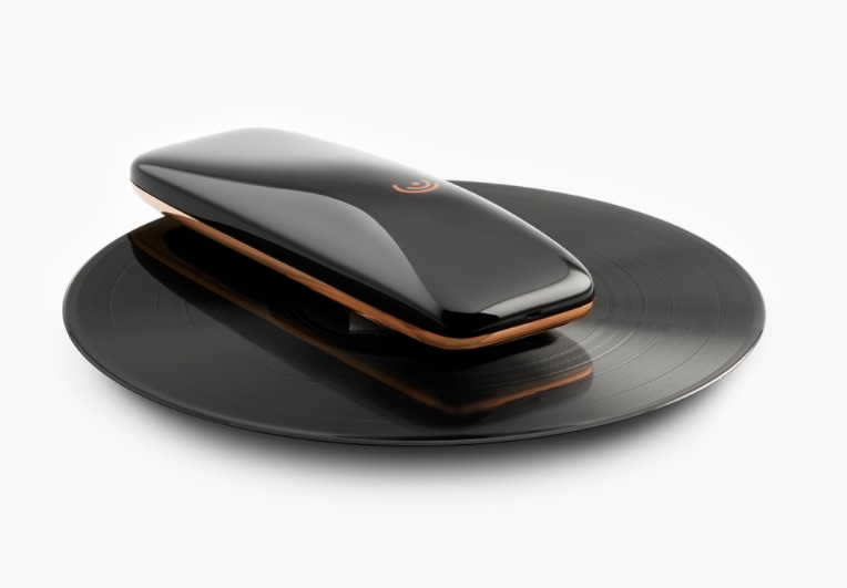 LOVE اولین ترن تیبل هوشمند جهان با قابلیت کنترل بوسیله موبایل !