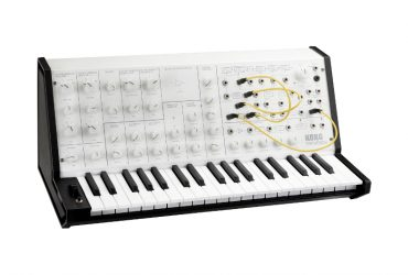 korg مدل سفید رنگ سینتیسایزر MS-20 mini synth را منتشر کرد