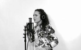 اجرای آهنگ 'Nothing Else Matters' توسط یک دختر 15 ساله میلیون ها بازدید کننده داشته!!!