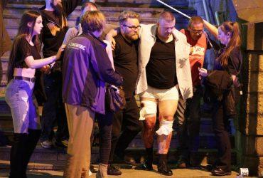 انفجار بمب در کنسرت آریانا گراندی در انگلیس، 22 نفر کشته و 100 ها نفر زخمی شدند