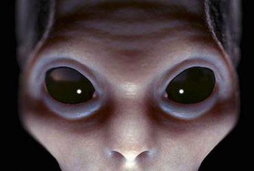 مدیر عامل شرکت همکار ناسا اعلام کرد: موجودات فضایی در بین ما زندگی می کنند!!!!