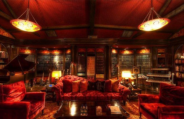 اتاق کار افراد مشهور