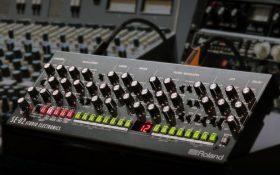 سینت آنالوگ SE-02 با همکاری رولند و استودیو الکترونیک تولید می شود !