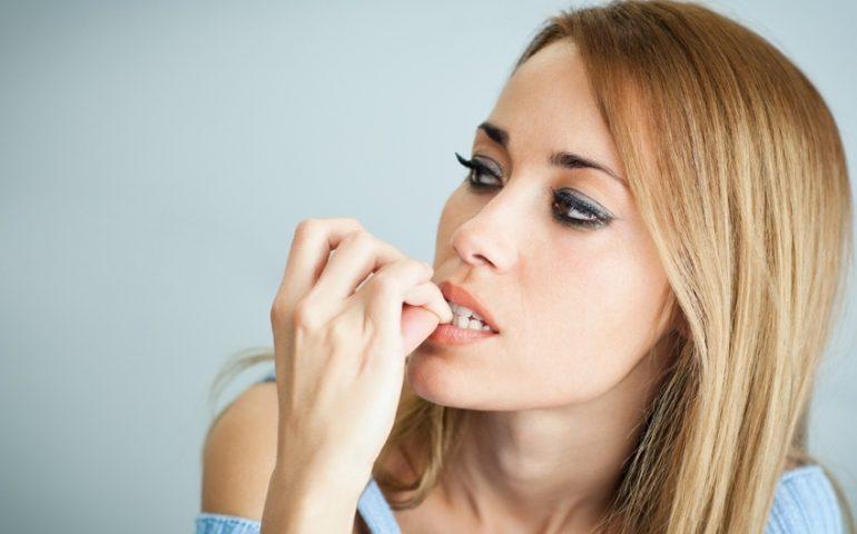 7 راه حل خانگی برای جلوگیری از جویدن ناخن !