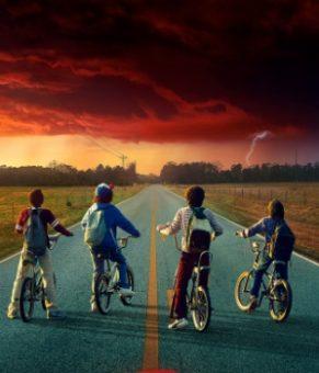 اولین آهنگ از موسیقی متن فصل دوم سریال Stranger Things را گوش کنید !