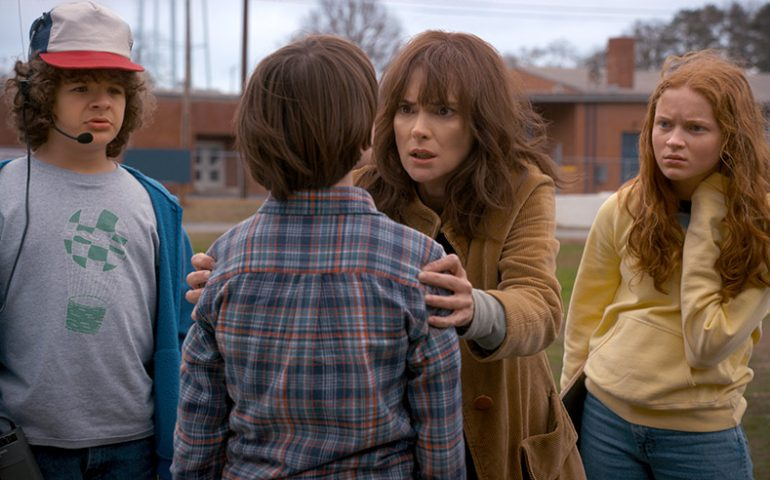 آخرین تریلر فصل دوم سریال Stranger Things