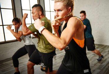 آیا موسیقی با صدای بلند هنگام ورزش کردن برای گوش های شما مضر است؟