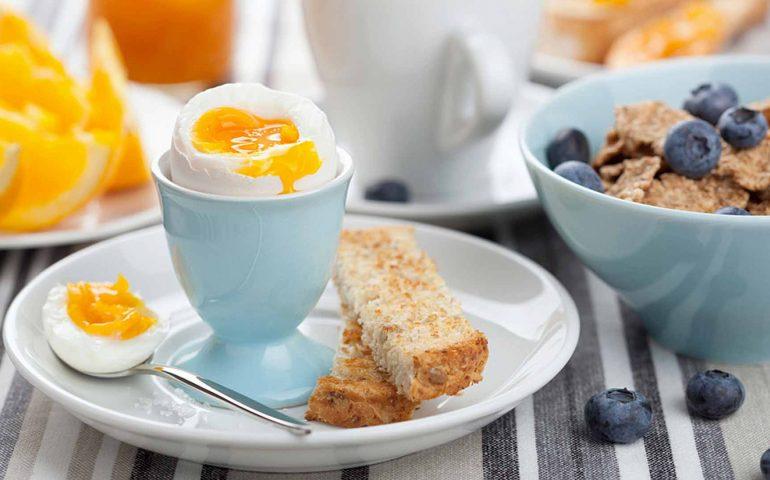 8 اشتباه در وعده صبحانه که باعث افزایش وزن می شود !