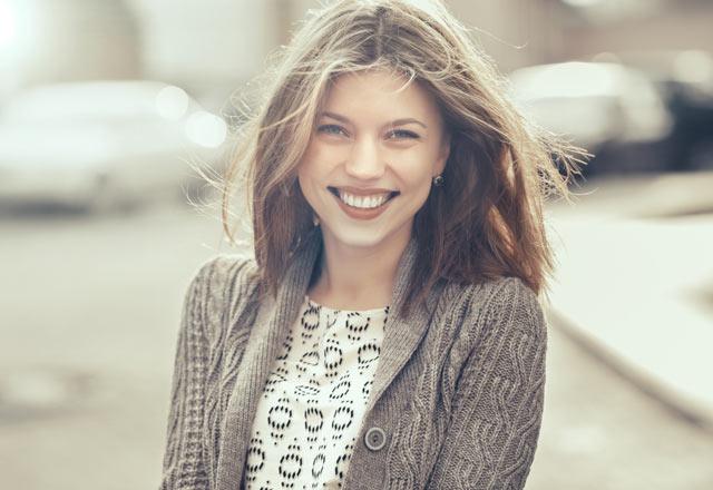 8 حرکت ساده که با انجام آن می توانید شریک زندگی خود را شاد کنید !