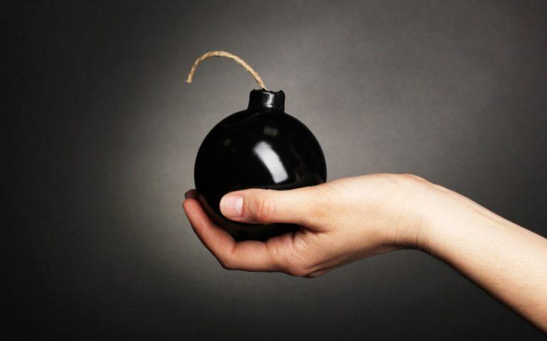 آشنایی با بدافزار های رایانه ای (Malware) بخش چهارم- بمب منطقی (logic bomb)