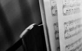 نوشتن یک آهنگ: از کجا شروع کنم؟ 3 گام اساسی در آهنگسازی
