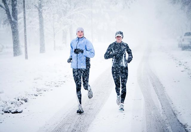 8 قانون ضروری برای تمرینات ورزشی در روزهای برفی و زمستان