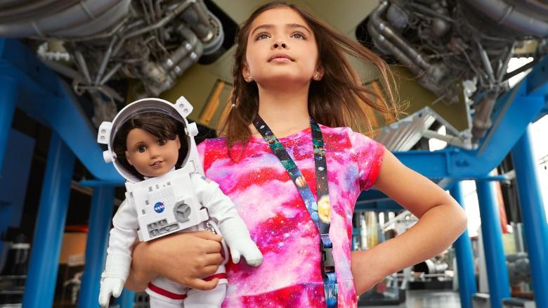 """اهداف طراحی عروسک های روز دنیا برای """"دختران"""" چیست؟"""