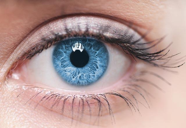 ریسک سرطان در افرادی که دارای چشمان روشن هستند