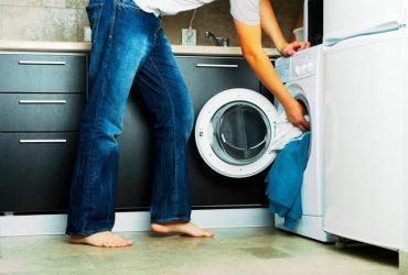 7 اشتباه رایج که هنگام شستشو لباس ها انجام می دهیم چیست ؟