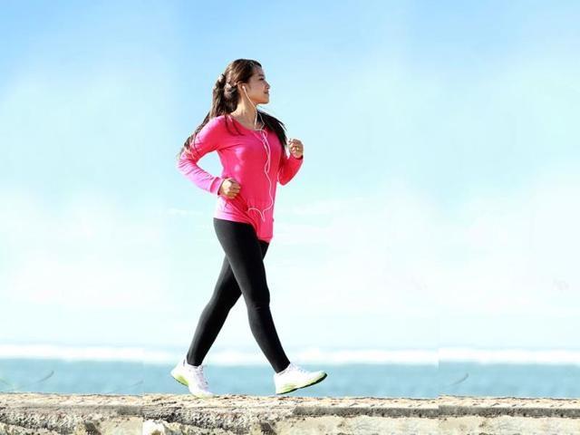 پیاده روی هنگام صبح