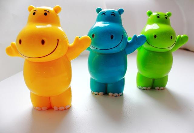 اسباب بازی های پلاستیکی دارای خطر مرگ برای کودکان هستند
