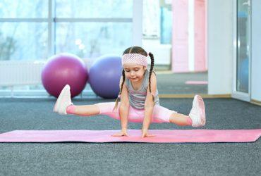 با 10 فایده یوگا برای کودکان آشنا شوید !