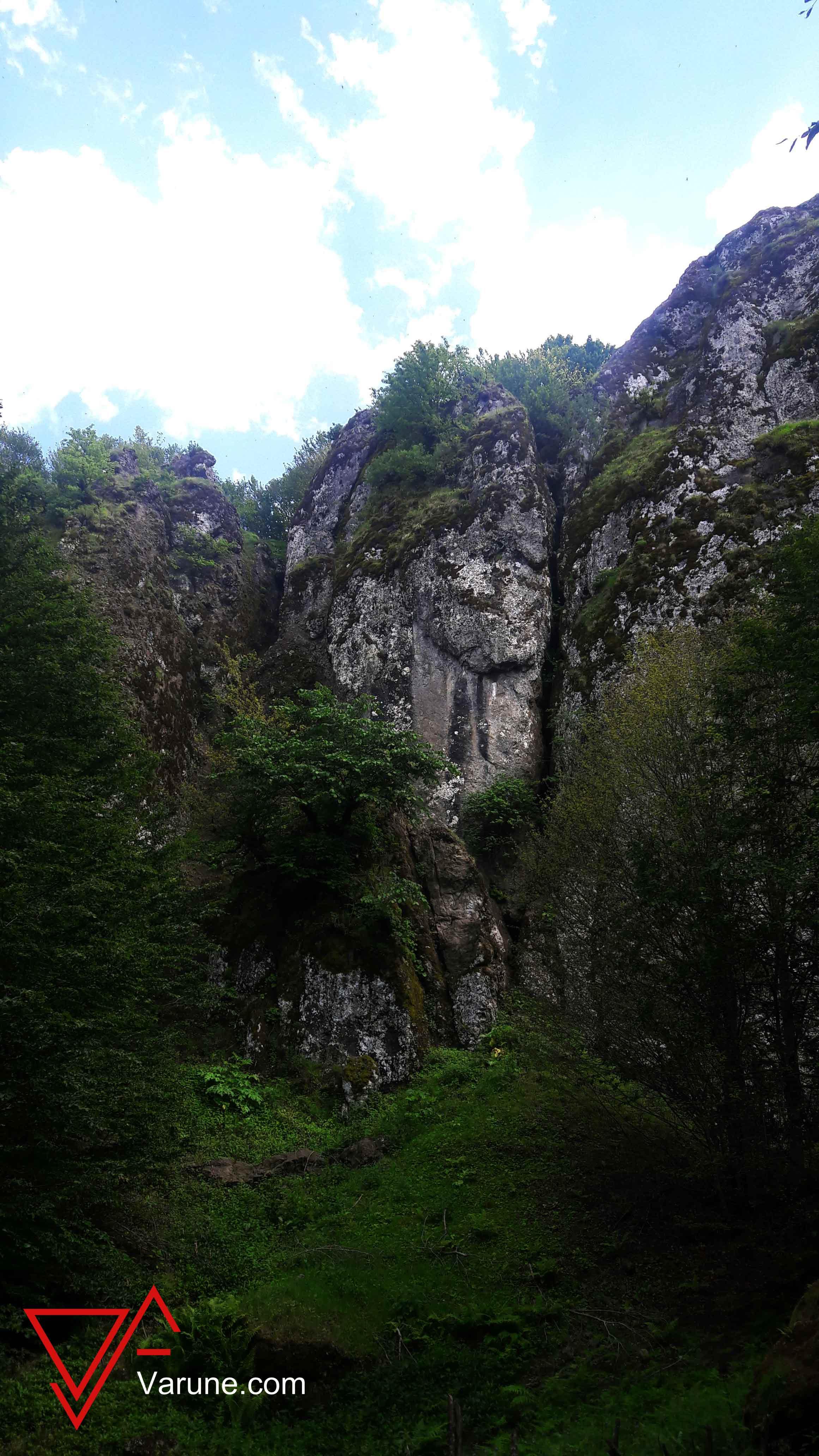 گزارش برنامه پیمایش دریاچه سوها تا آبشار لاتون (اردبیل)