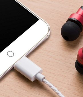چرا هدفون های USB-C جایگزین مناسبی برای هدفون های نسل قبل نیستند ؟