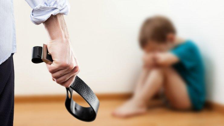 اثرات منفی کتک زدن کودکان و 3 راهکار جلوگیری از آن