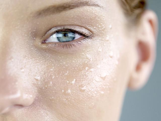 صحیح ترین روش برای آبرسانی پوست