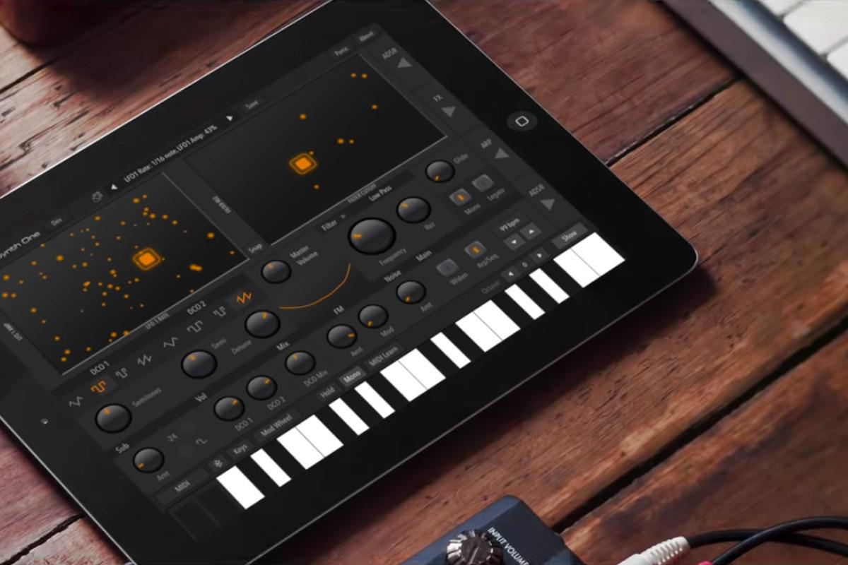اپلیکیشن آهنگسازیAudioKit Synth One