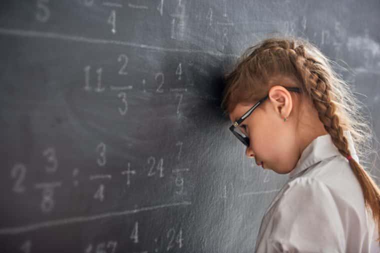 نشانه های اضطراب مدرسه رفتن