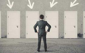 روانشناس، روانپزشک یا مشاور هرکدام در حل چه مشکلاتی متخصص هستند؟