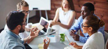 با منصفانه ترین راه چگونگی تقیسم سهام بین هم بنیانگذاران آشنا شوید!