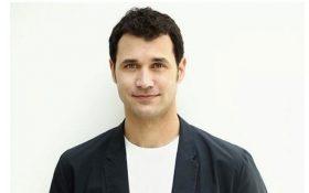 """رامین جوادی آهنگساز سریال """"بازی تاج و تخت"""" برنده ی جایزه ی امی شد!"""