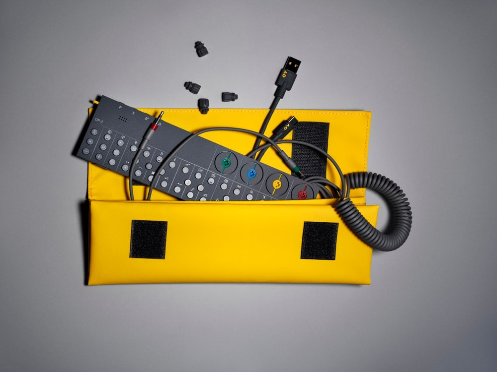 OP-Z سینتی سایزر صوتی تصویری Teenage Engineering