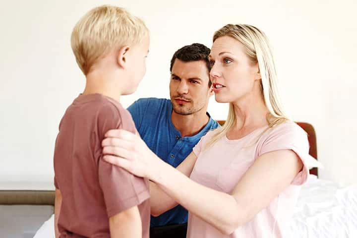 با انواع شیوه های فرزندپروری آشنا شوید! کدام شیوه ی فرزندپروری مفید تر خواهد بود؟