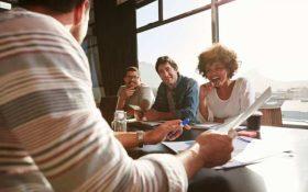 8 روش کارآمد برای ایجاد اعتماد بین همکاران در محیط کار