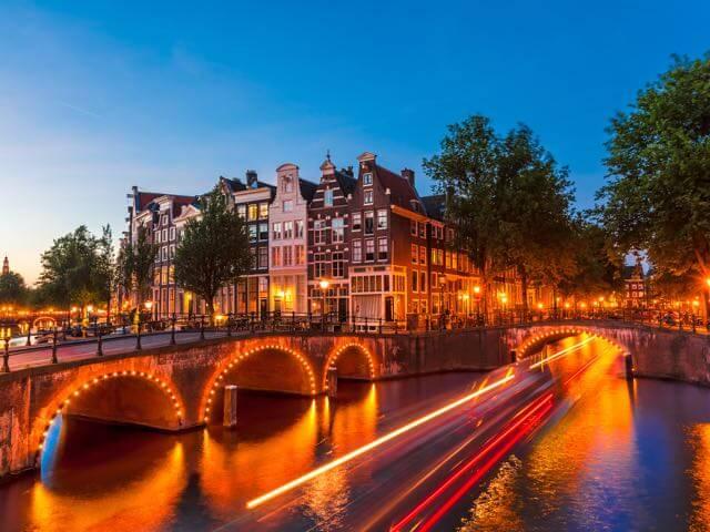 بهترین شهرهای خارجی برای سفرهای پاییزی