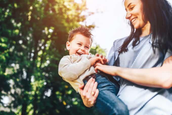 الگوبرداری کودکان از والدین