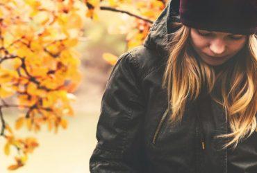 با دلایل و نشانه های افسردگی فصلی (زمستانی و تابستانی) آشنا شوید!