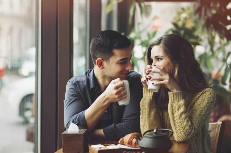 آیا می توانم به همسرم اعتماد کنم؟ 11 نشانه از مورد اعتماد بودن همسر