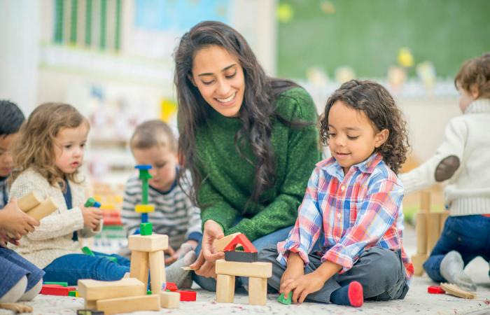 نحوه ی برخورد با کودک اوتیسم