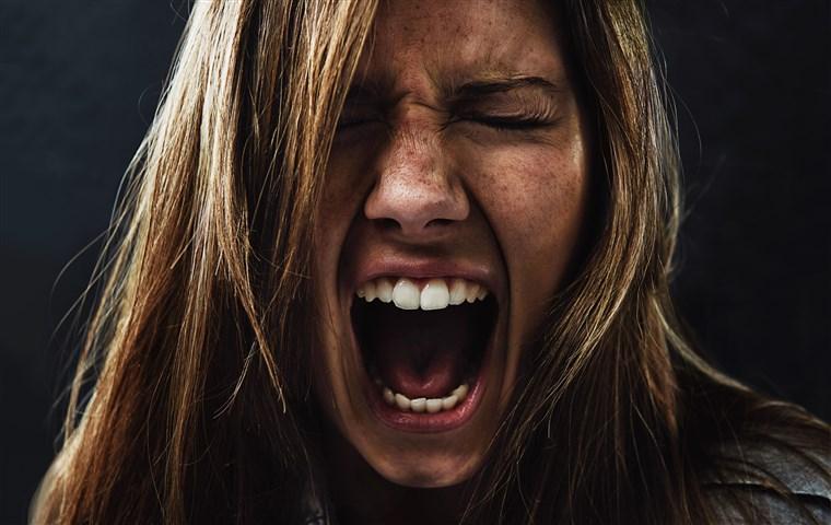 عصبانیت از کسی که دوستش داریم