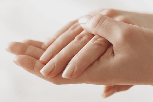 ماسک طبیعی برای جوان سازی پوست دست
