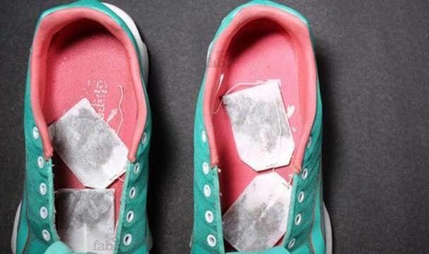 روش های ساده برای از بین بردن بوی بد کفش