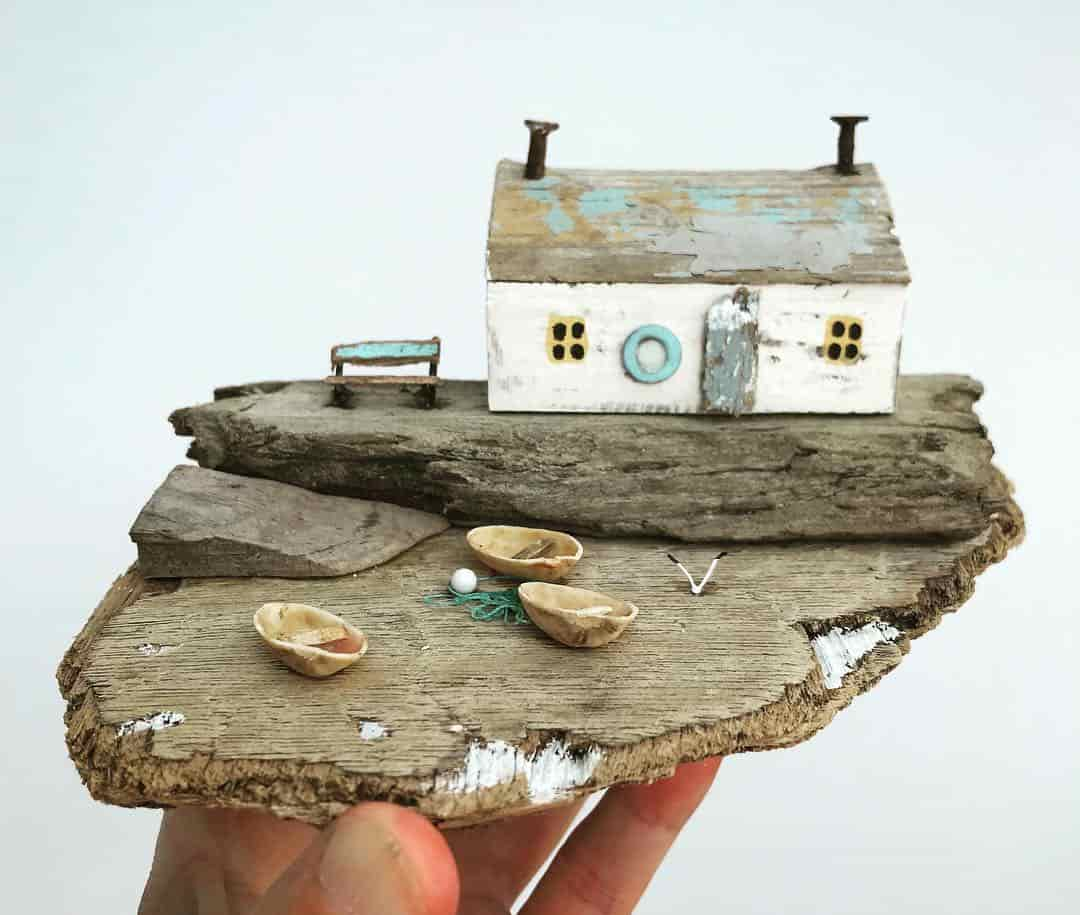 مجسمه هایی زیبا ساخته شده از ضایعات ساحلی اثر کریستی السون
