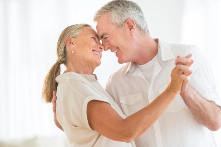 اهمیت رابطه ی جنسی در سن بالا بیشتر از چیزی است که فکرش را می کنید!