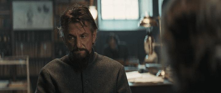 نقد و بررسی فیلم پروفسورو مرد دیوانه