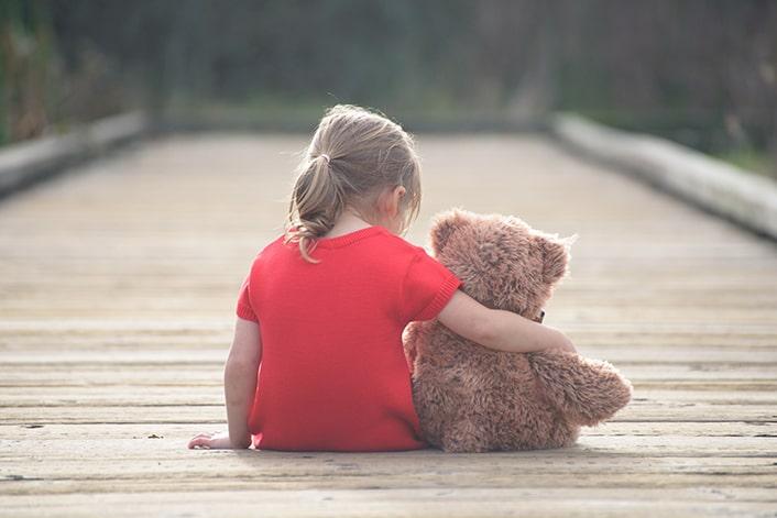 علت افسردگی در کودکی چیست؟