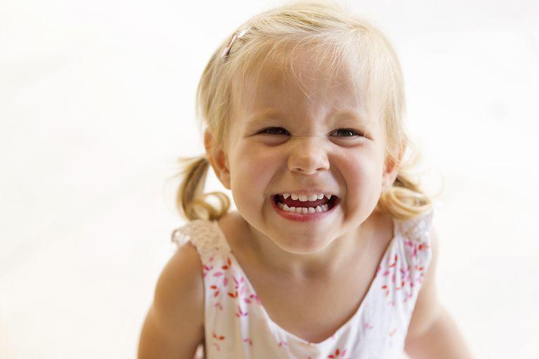 چگونه جلوی گاز گرفتن کودک را بگیریم؟