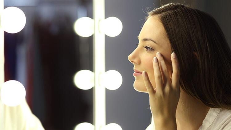 مراقبت از پوست اطراف چشم